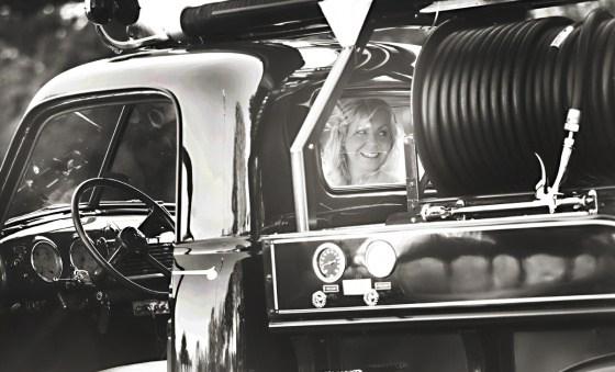 Vintage Fire Engine Bridal Portrait | Columbus Ohio Wedding Photographer | Kay Ingle Photographer